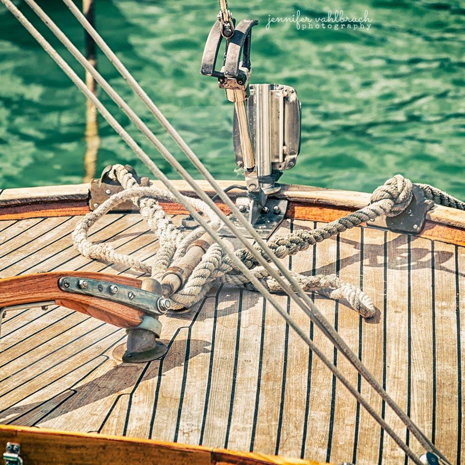 Wooden Beauty III - Jennifer Vahlbruch
